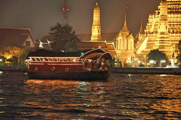 free cruising in bangkok.jpg