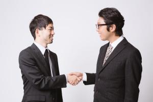 shake hands .jpg