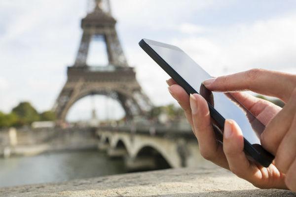 smart phone in trip.jpg