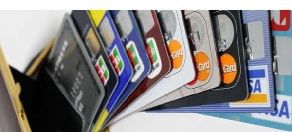 wallet in many creditcards.jpg